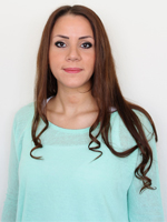 Emel-Bütün-Kosmetik-Lehrerin-Permanent-Makeup